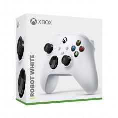 Xbox One S/X Wireless Controller Robot White